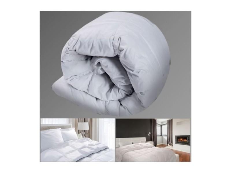 couette plume d 39 oie 140x200 cm anti acariens vente de id market conforama. Black Bedroom Furniture Sets. Home Design Ideas