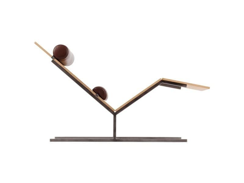 Chaise longue design en bois métal et cuir