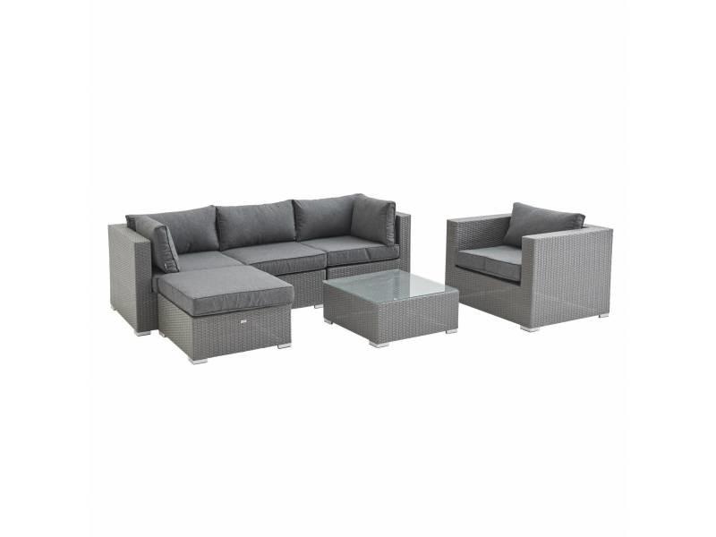 Salon de jardin en résine tressée - caligari - gris. Coussins gris - 5 places - 1 fauteuil. 1 fauteuil sans accoudoir. 1 pouf. 2 fauteuils d'angle. Une table basse