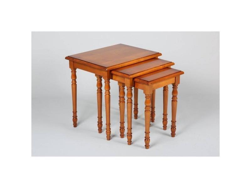 lot de 3 tables gigognes verne en merisier de style louis philippe 20100841666 vente de table. Black Bedroom Furniture Sets. Home Design Ideas