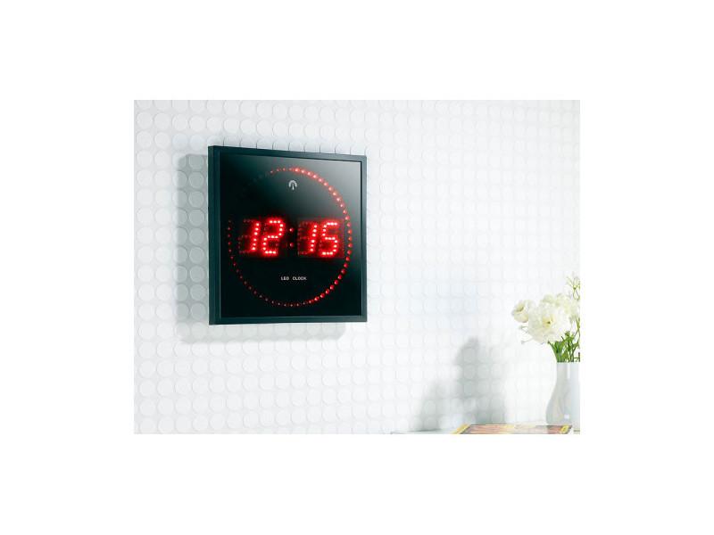 horloge digital rouge avec radio pilotage vente de sans marque conforama. Black Bedroom Furniture Sets. Home Design Ideas
