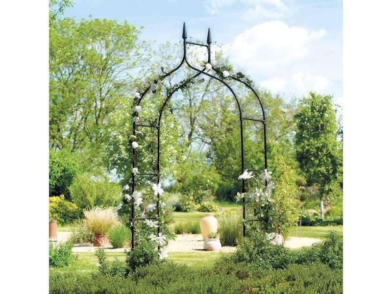 Mobilier de jardin et aménagement extérieur arche pour un décor de plante grimpante et de rosier pou