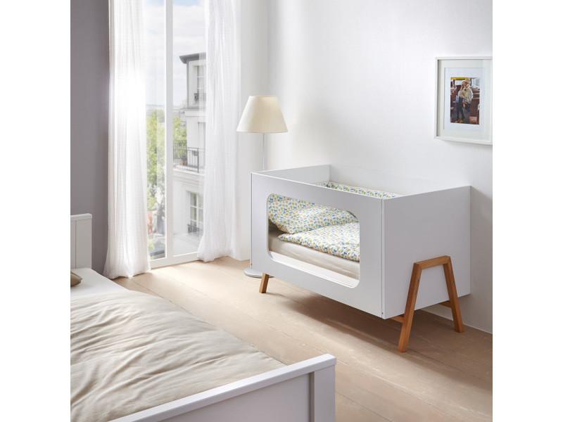 lit b b scandinave plexiglas happy vente de le jurassien conforama. Black Bedroom Furniture Sets. Home Design Ideas
