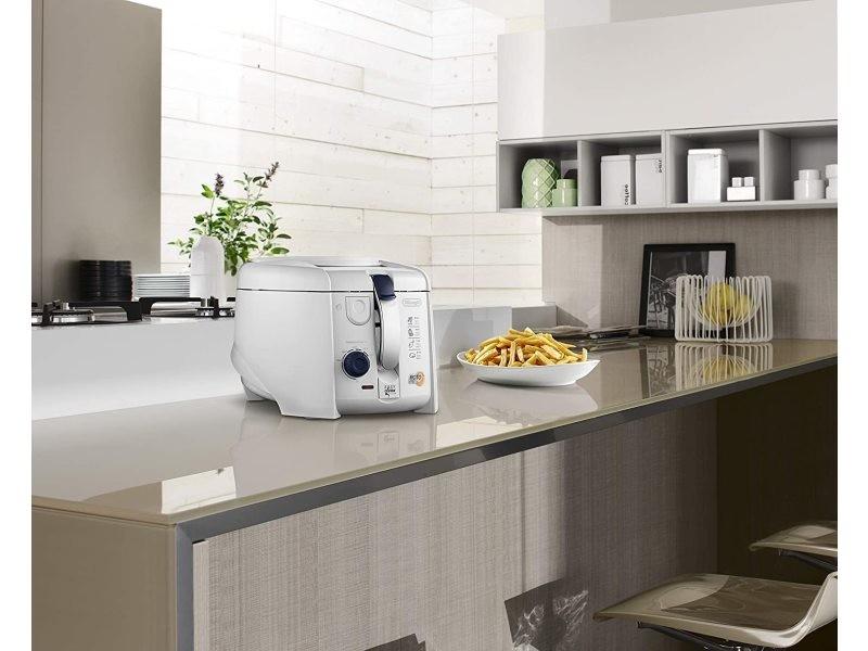 Friteuse électrique 1,2l de 1kg pour 4 personnes 1800w blanc