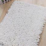 Tapis de bain en chenille à poils longs blanc