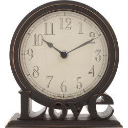 Privilégiez une horloge pratique et adaptée à votre décoration