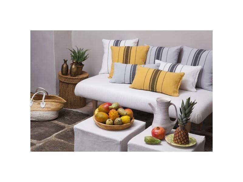 pouf xxl conforama voir en video with pouf xxl conforama pouf geant exterieur bien etre paris. Black Bedroom Furniture Sets. Home Design Ideas