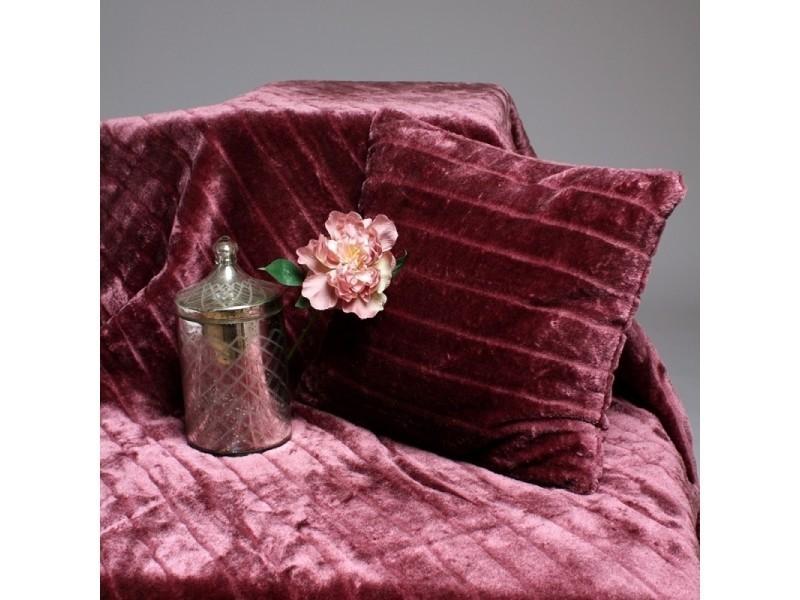 plaid fourrure couleur plaid prune tailles linge de lit 180 x 230 cm vente de matin. Black Bedroom Furniture Sets. Home Design Ideas