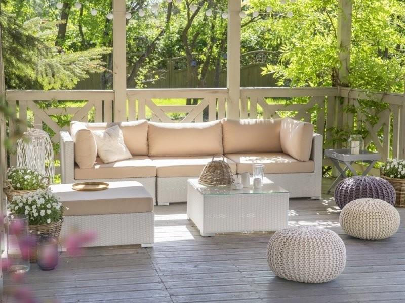 Salon de jardin en rotin blanc et coussins beiges sables sano 32533 ...