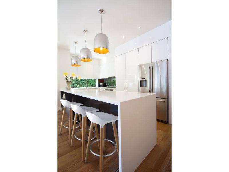Tabouret de bar oslo lot de 2 tabourets de bar blanc laqué + pieds hetre massif - contemporain - l 39 x p 40 cm
