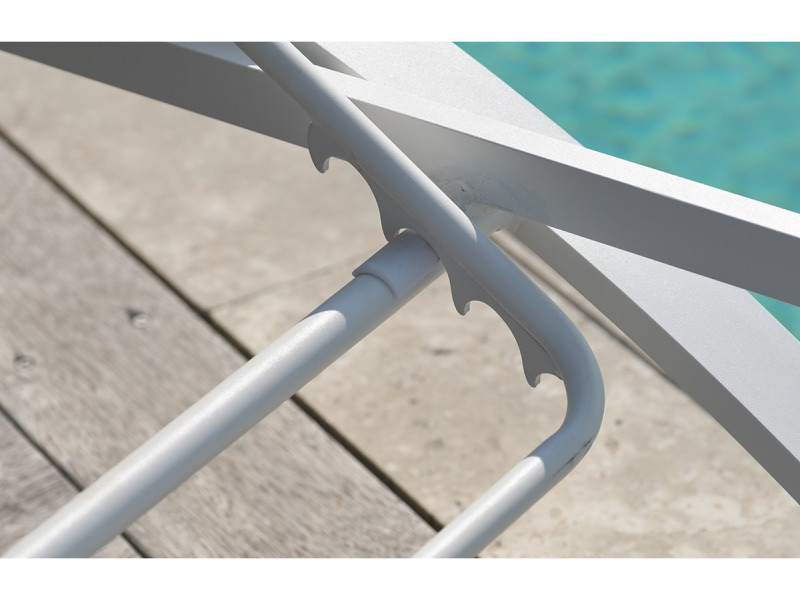 Admirable Chaise longue en textilène gris et alu blanc - Vente de DCB GARDEN NV-08