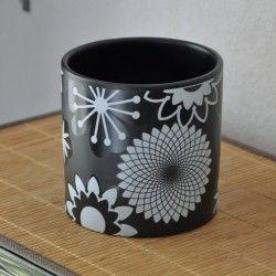 Vase cache-pot spirographis
