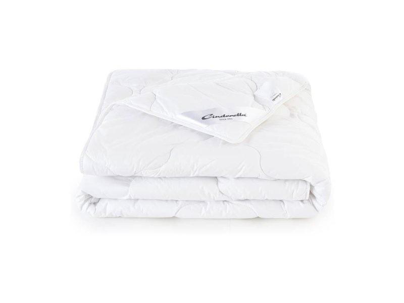 Cinderella classic couette synthétique - 100% fibres creuses siliconées de polyester - 2-personnes (200x200 cm) SMUL102300103
