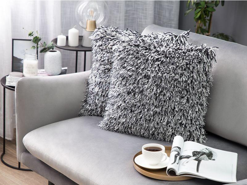 Coussin 45 x 45 cm en fausse fourrure noir et blanc cide 156060