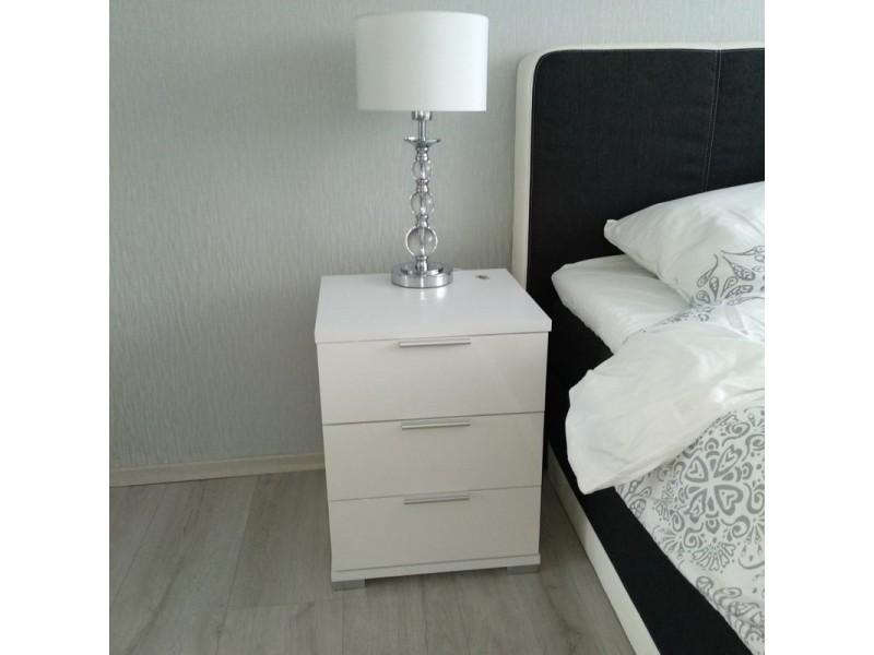 Ensemble de 2 tables de chevet blanc mat façades laquées