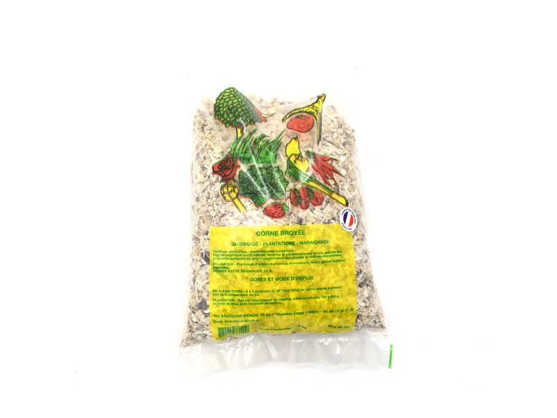 Sac d'engrais de cornes broyées en copeaux , poids 1.5kg