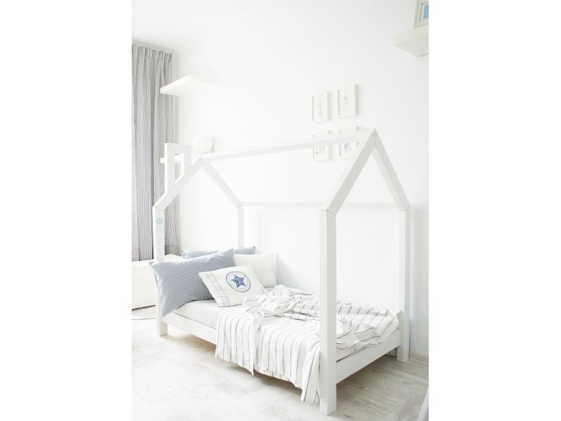 lit cabane c blanc 70x160 sommier vente de monlitcabane conforama. Black Bedroom Furniture Sets. Home Design Ideas