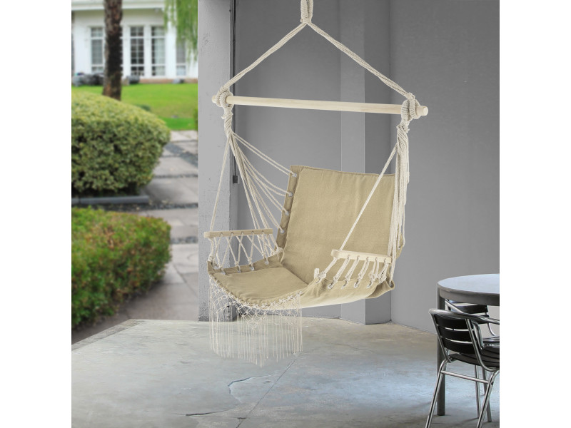 Fauteuil suspendu chaise de hamac à franges jusqu'à 150 kg avec accoudoirs en bois 120 x 100 x 65 cm beige [casa.pro]