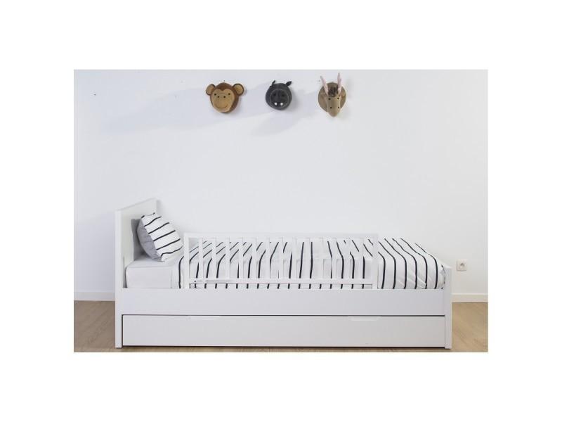 barri re anti chute de lit blanche vente de childwood. Black Bedroom Furniture Sets. Home Design Ideas