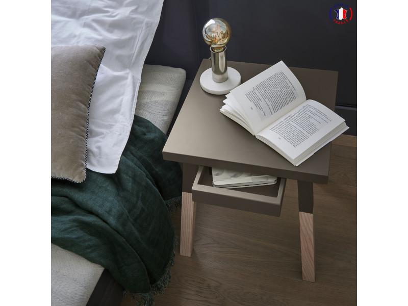 2 chevets laqués, 1 tiroir en frêne 40x40 cm gris chocolat tanis - 100% fabrication française