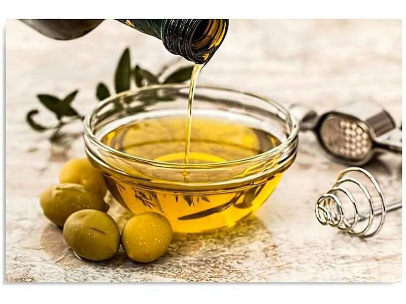 Tableau bois l'huile d'olive et les olives DPA/1-TYK/M_30772/100x70