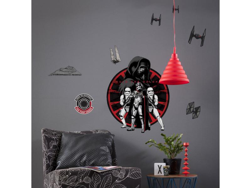 Stickers géant coté obscur star wars episode vii vue fauteuil et table