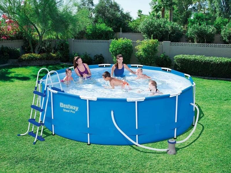 piscine hors sol ovale Gambais (Yvelines)