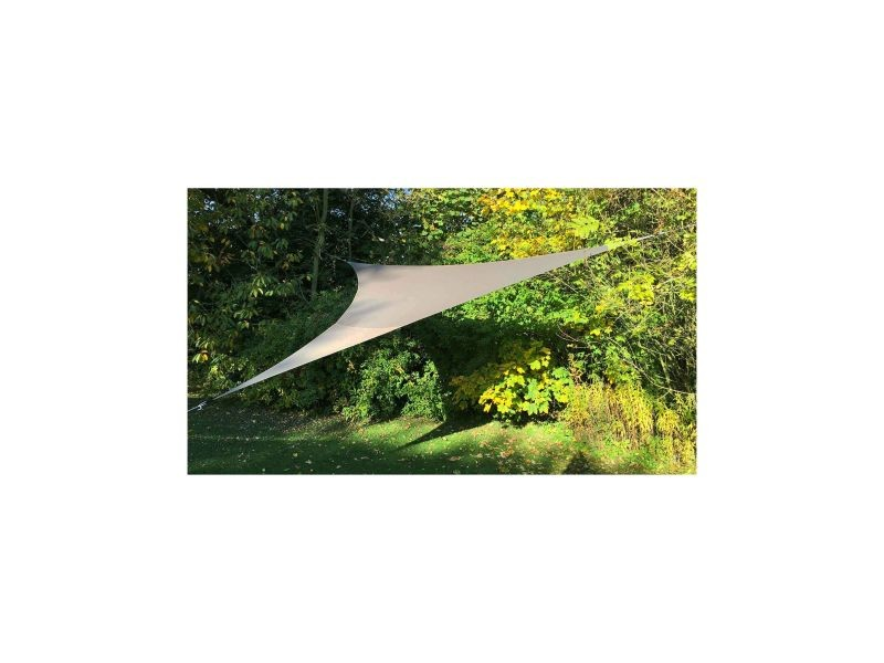 Voile d'ombrage triangulaire extensible
