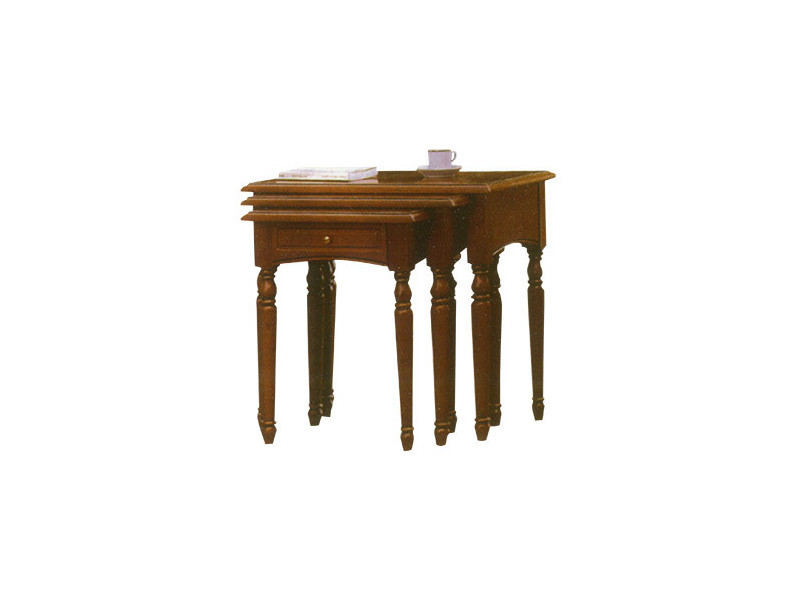 Table gigogne en chêne massif