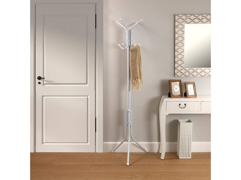Porte-manteau sur pied style minimaliste avec 8 crochets ou penderie pour vêtements ou sacs à main, vintage en métal laqué blanc 19840150